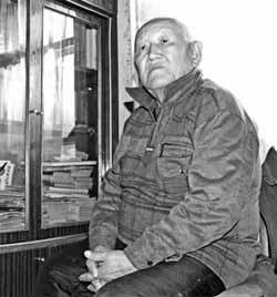Илья Шадрин, потомственный шаман, знает все тайны бурятской земли (фото Сергея Игнатенко).